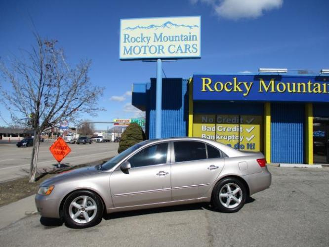 2006 Tan Hyundai Sonata (5NPEU46F96H) with an V6 3.3 Liter engine, Automatic transmission, located at 767 S State Road, Pleasant Grove, UT, 84062, (801) 785-1058, 40.352489, -111.732628 - Photo #0