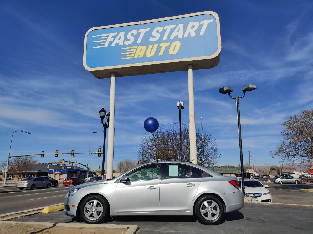 2014 Gray Chevrolet Cruze (1G1PC5SB4E7) with an 4-Cyl ECOTEC 1.4T engine, Automatic, 6-Spd w/Overdrive transmission, located at 767 S State Road, Pleasant Grove, UT, 84062, (801) 785-1058, 40.352489, -111.732628 - Photo #0