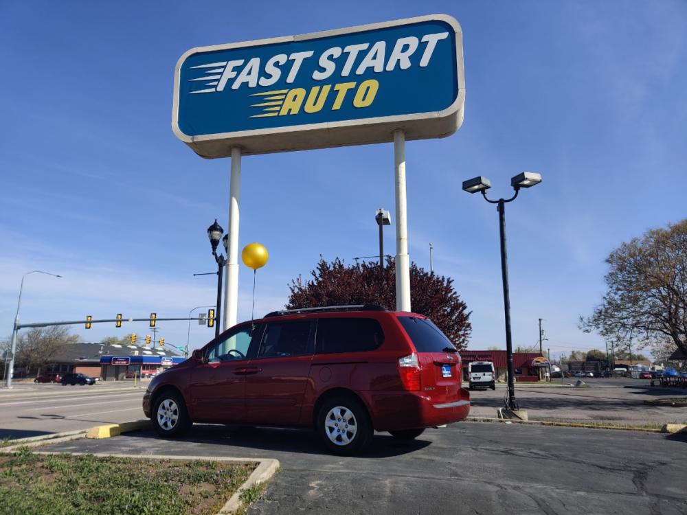 2008 Red Kia Sedona (KNDMB233986) with an V6 3.8 Liter engine, Automatic, 5-Spd w/Overdrive and Sportmatic transmission, located at 7755 S State , Midvale, UT, 84047, 0.000000, 0.000000 - Photo #0